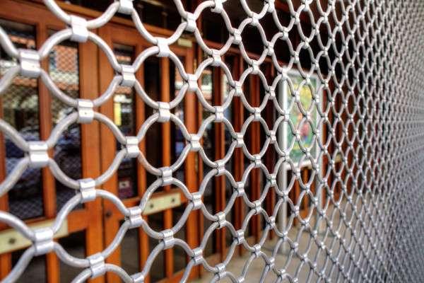 reparación persianas descolgadas Badalona